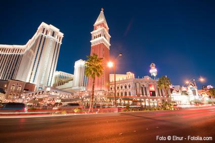 Las Vegas - Voll von Leuchtreklamen und Leuchtschriften