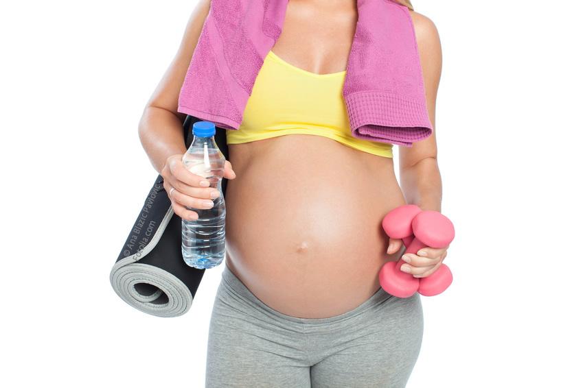 Schwangerschaft zunehmen. Abhilfe, abnehmen durch gesunde Fitnessübungen.