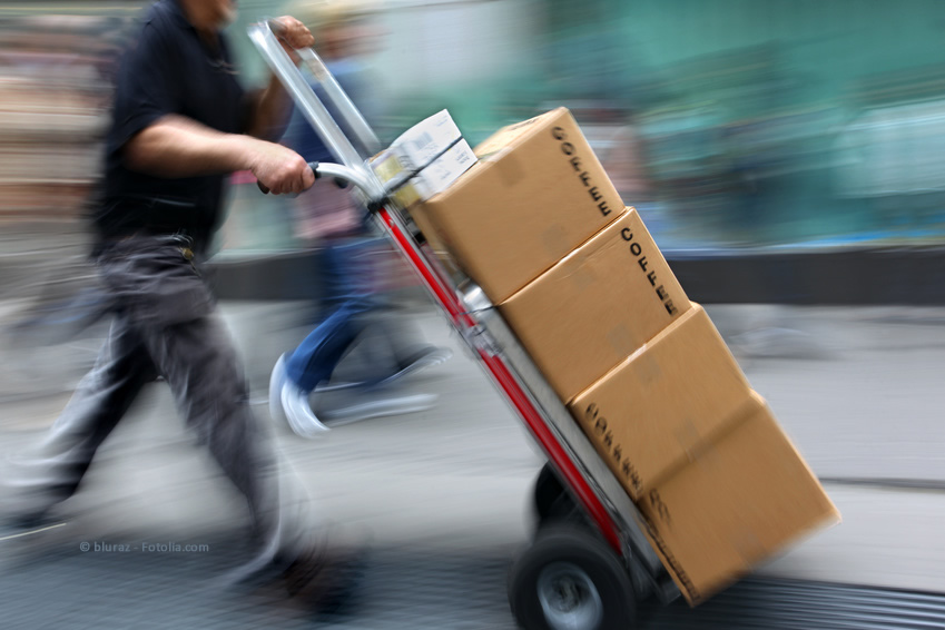 ie viel Krafteinwirkung verträgt eine Verpackung, ohne einzuknicken?