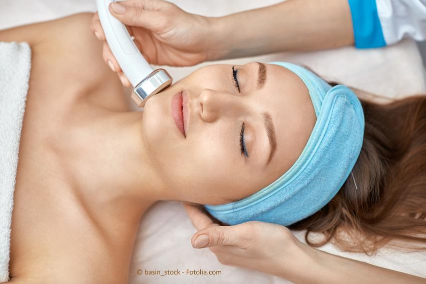 Professionelle Haarentfernung im Kosmetikstudio